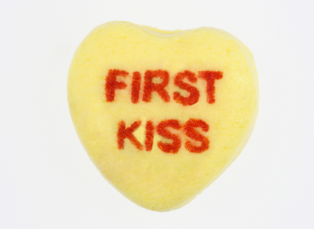 Online dating should you kiss on the first date