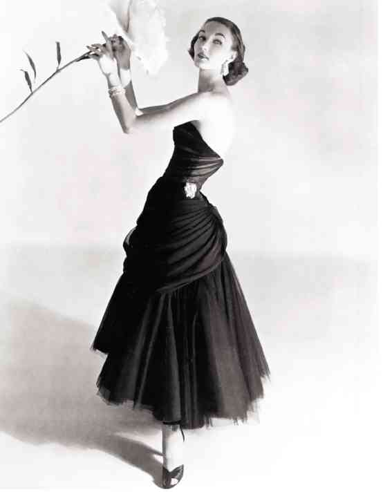 Charles James: Beyond Fashion...