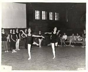(r) Toby th Ballerina