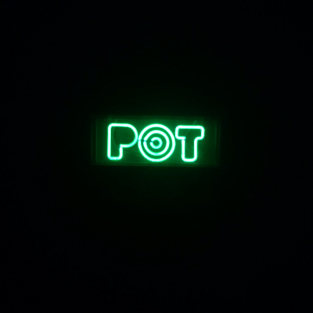 Get High On Food At POT…