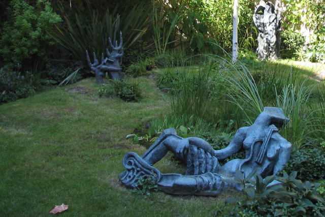 Zadkine Sculpture Garden