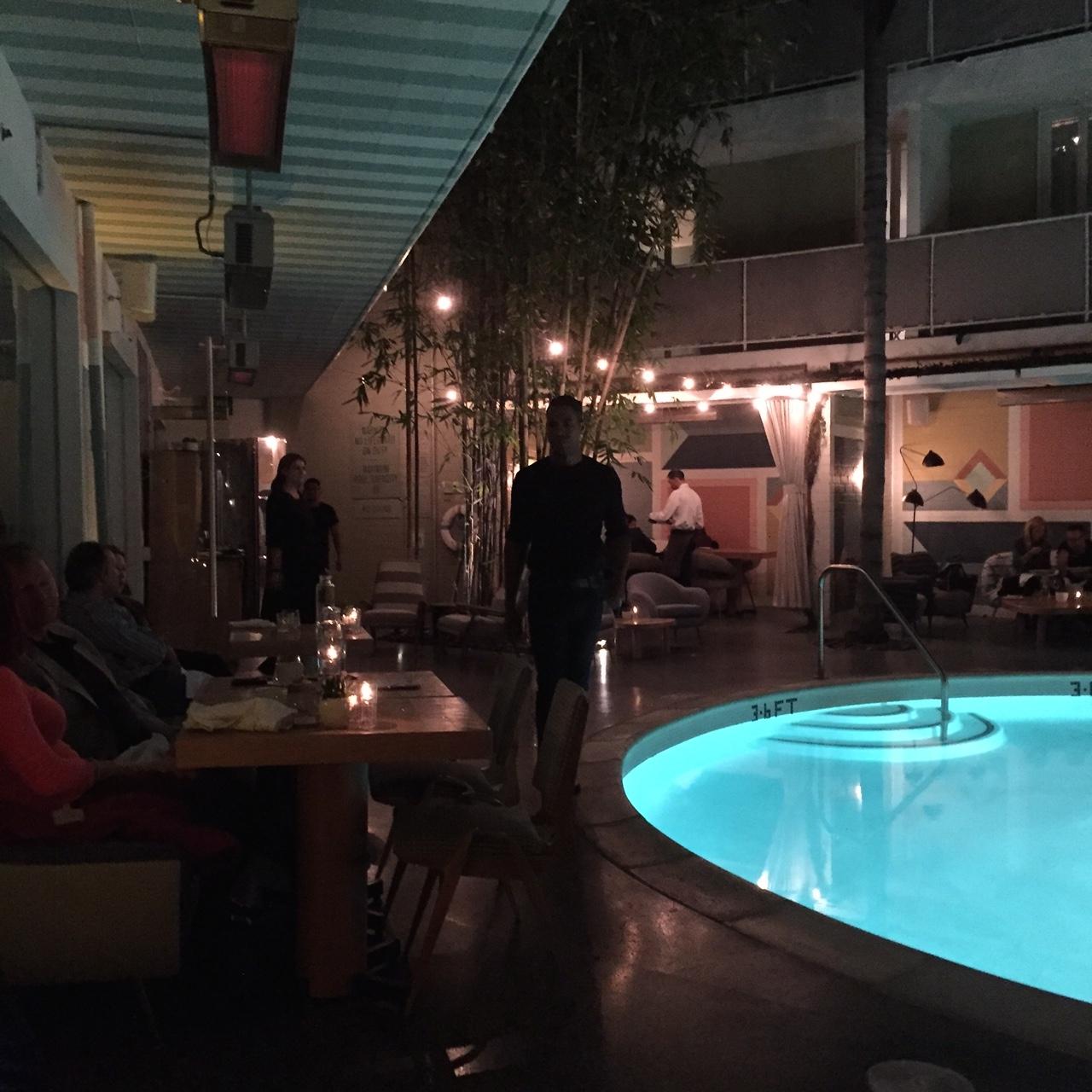 viviane Pool Dining Area