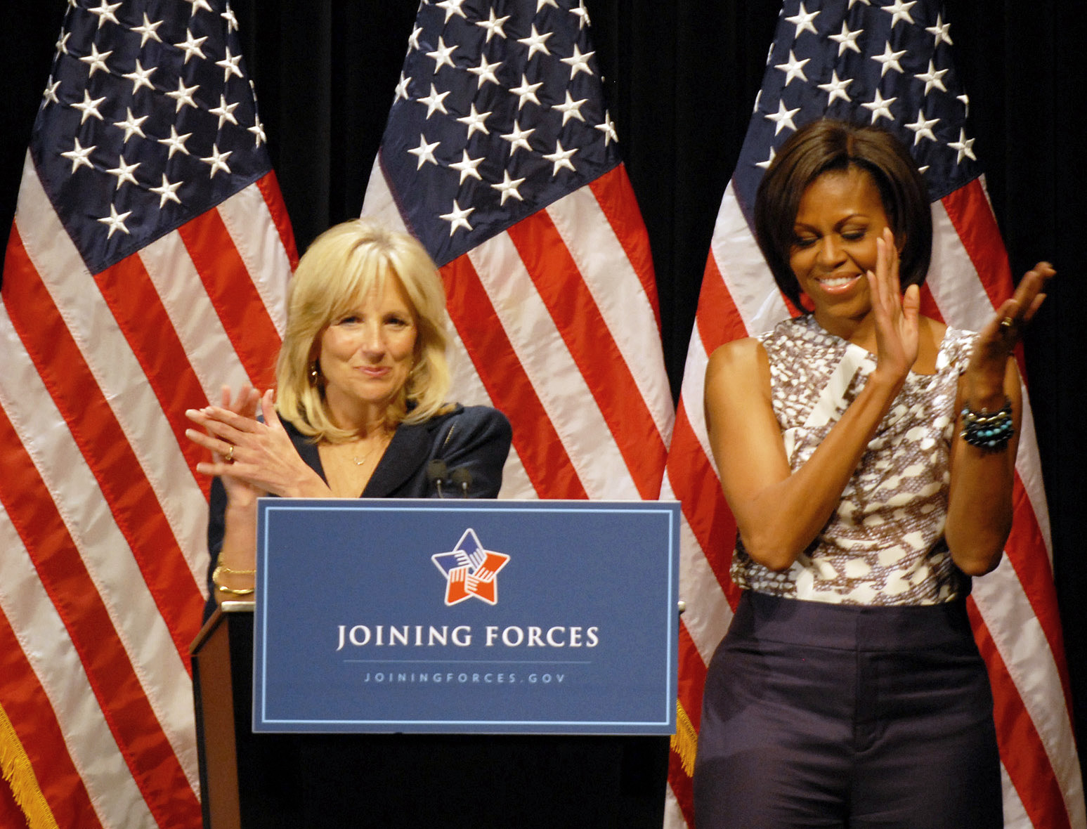 Dr. Jill Biden, First Lady Michelle Obama photo:achieve.defense.gov