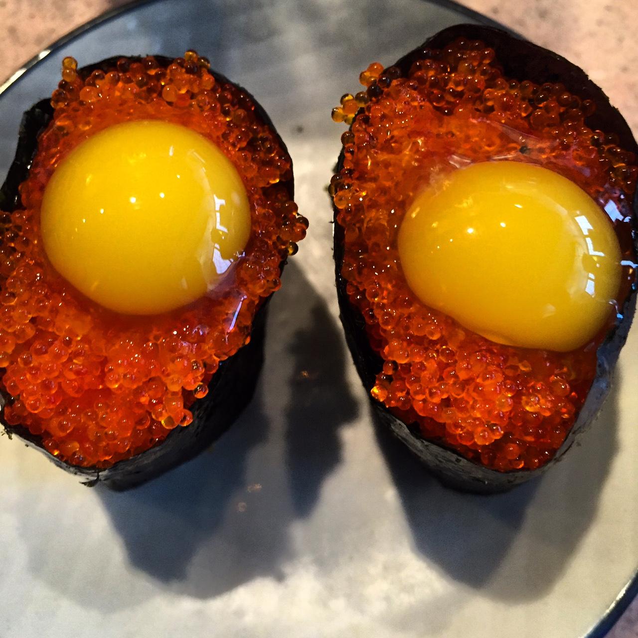 Hide Sushi, Tobiko w/Quail Egg