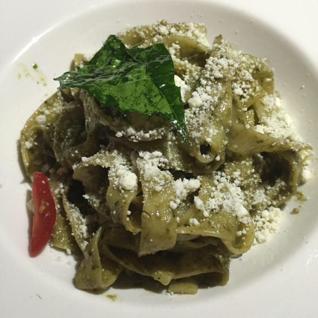 Fettucini Pesto