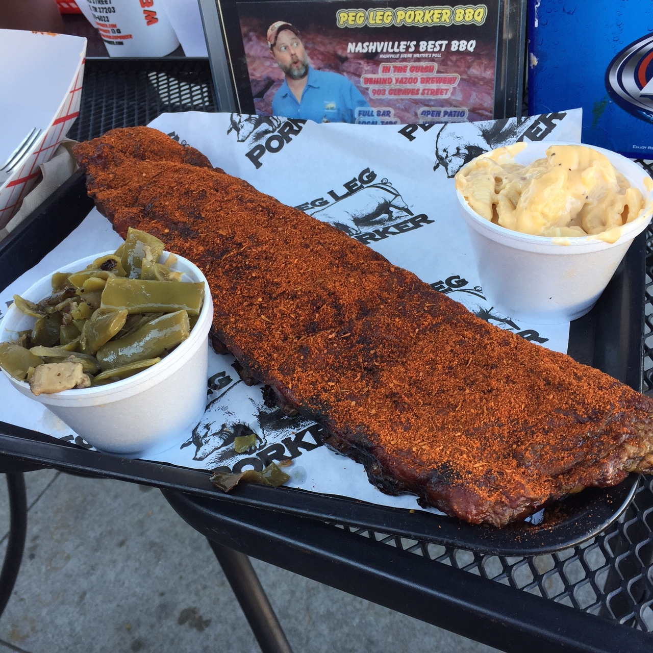 Peg Leg Porkers, Nashville