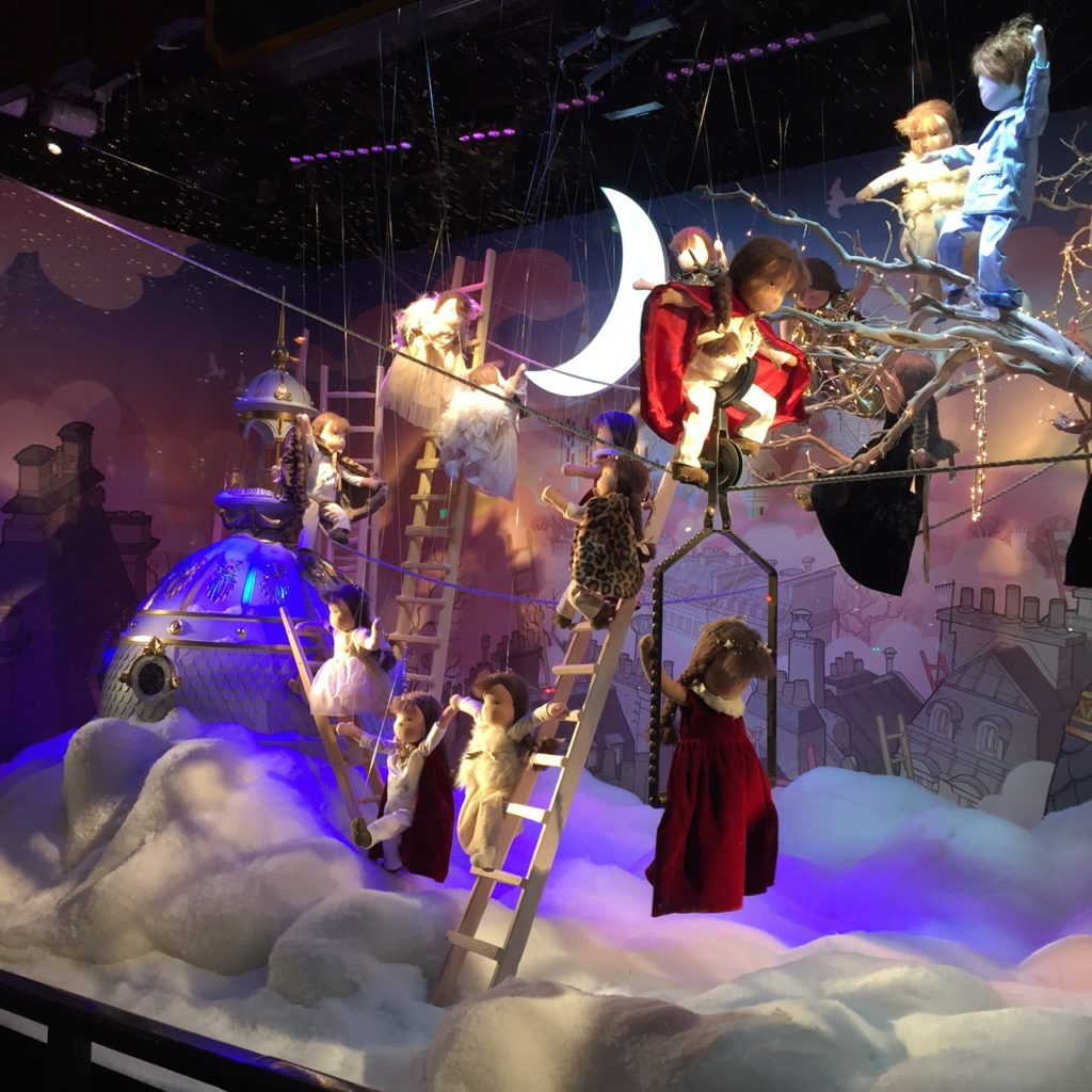 Printemps Holiday Windows