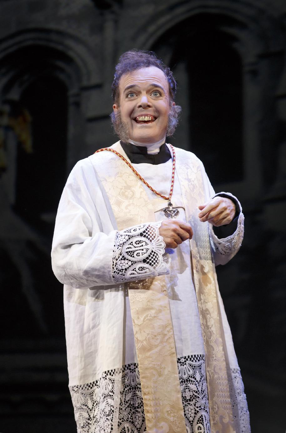 Jefferson Mays as the Reverend