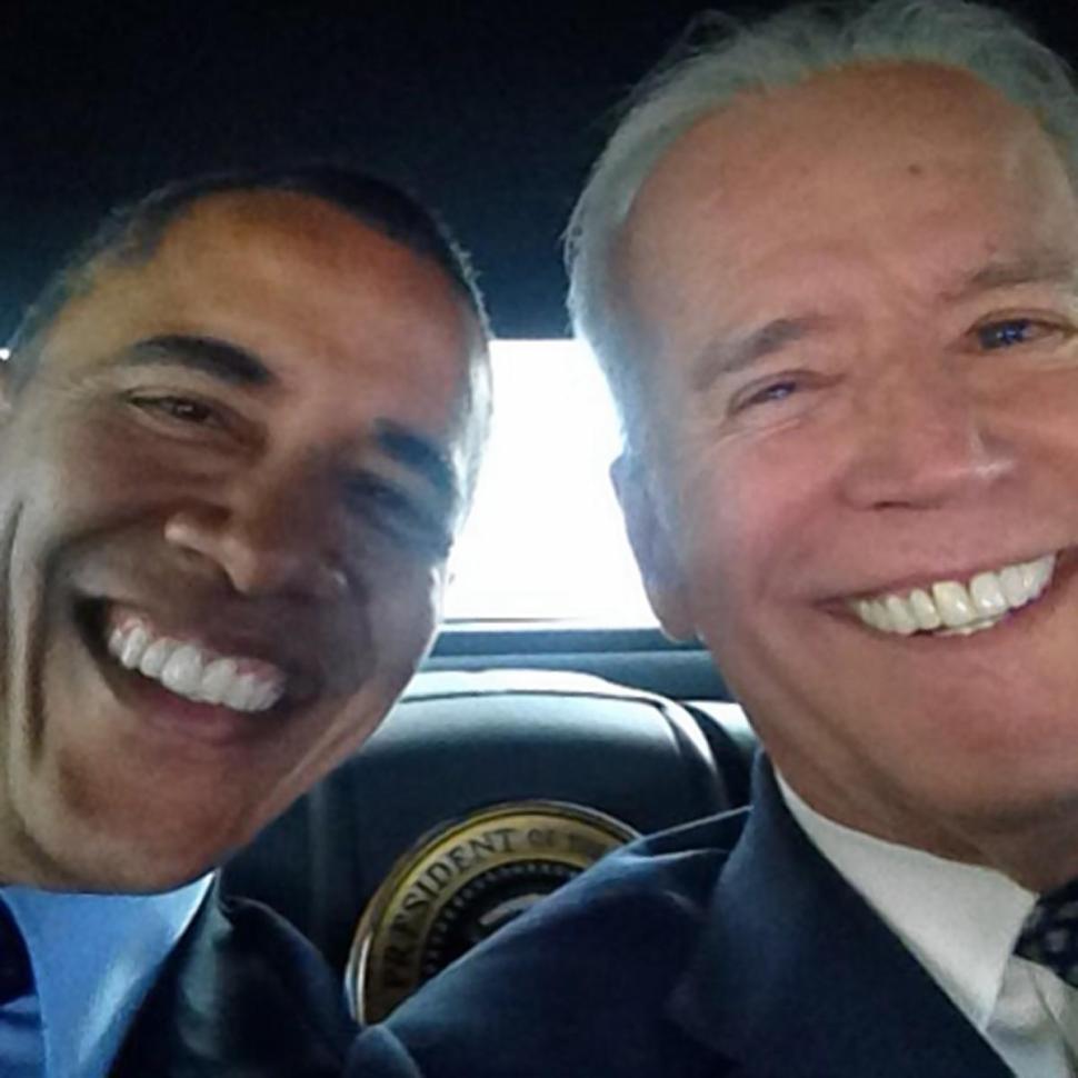 Barack Obama, Joe Biden Selfie