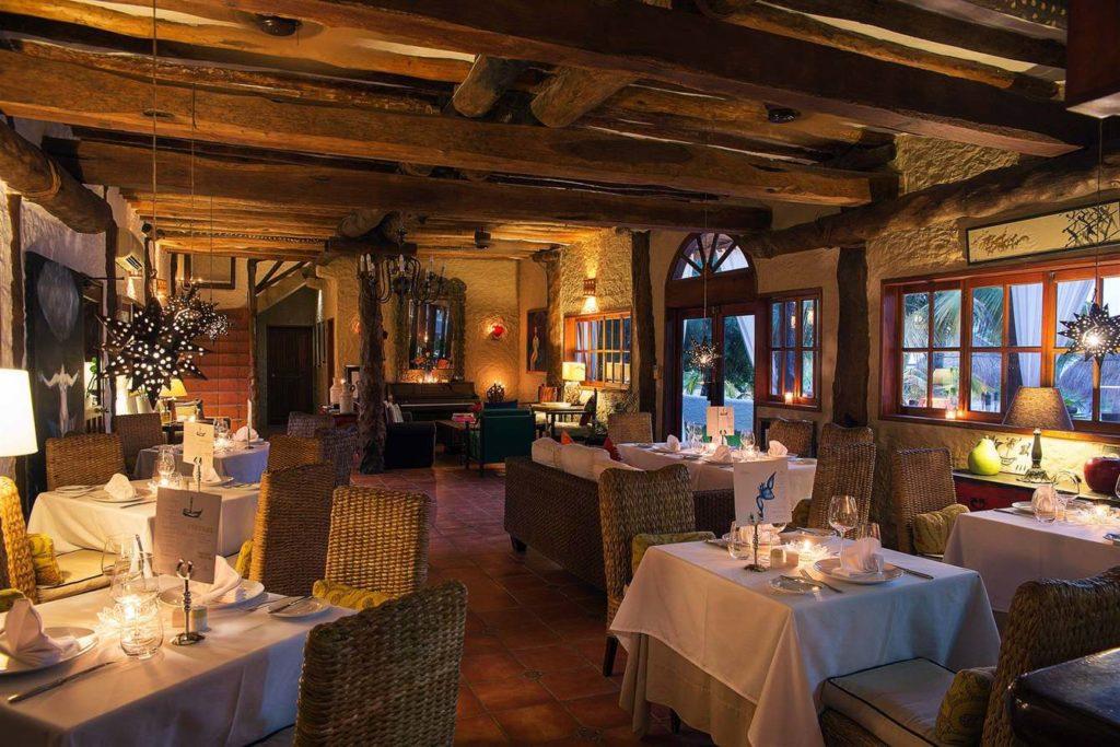 CasaSandra Lobby and Dinning Room photo:casasandra.com
